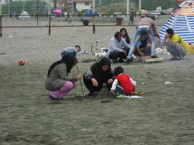 Niños mar Caspio