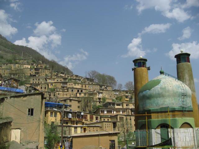 Masuleh con mezquita