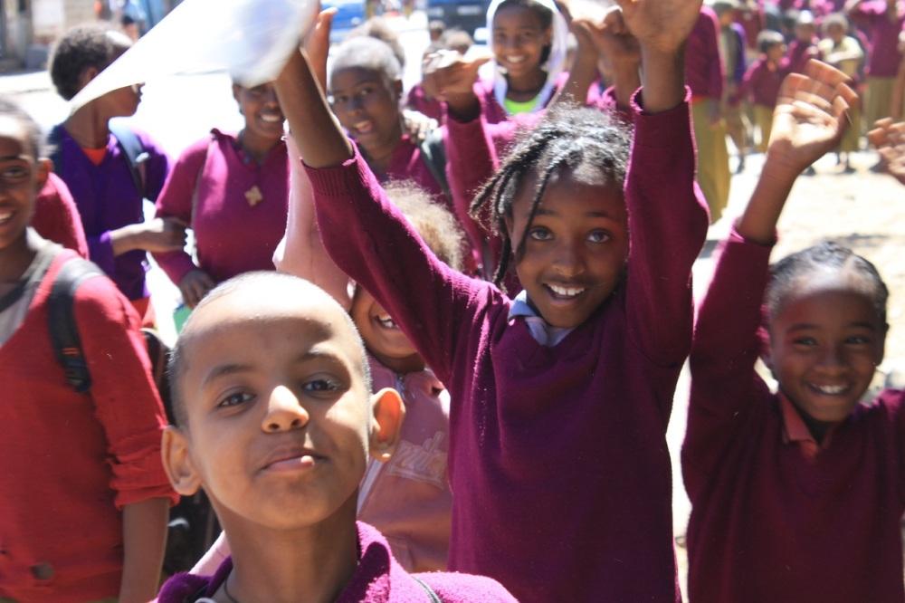 niños escuela etiopia