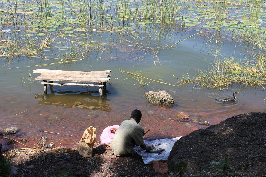 pescador lago awasa
