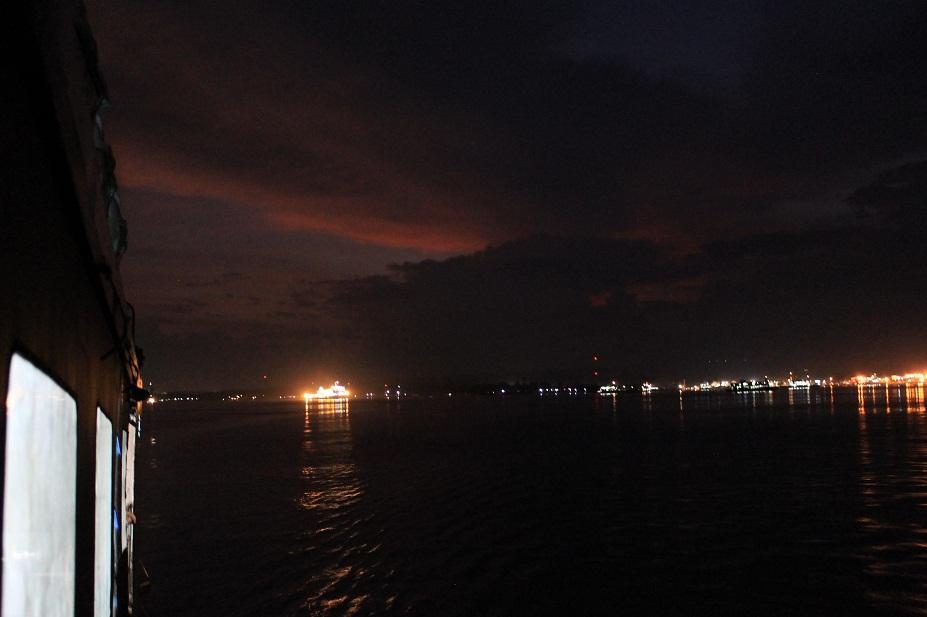 ferry bali