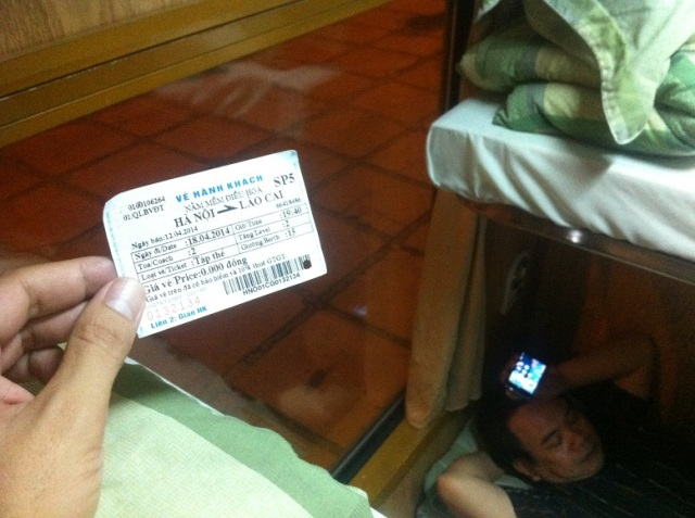 tren sapa vietnam