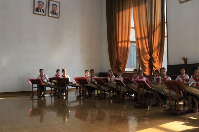 niñas artistas norcoreanas